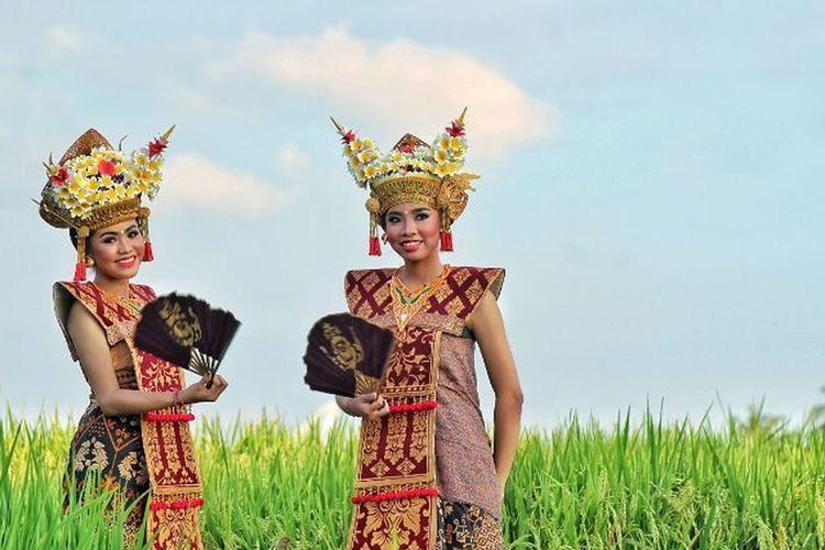 First Eyeem Photo Balinese Culture Balinese Dancer Lombok-Indonesia Lombok Photographers EyeEmNewHere