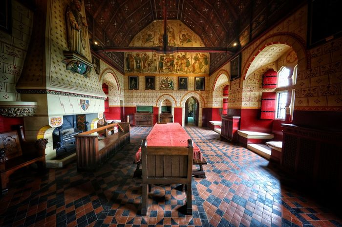 Coch Castle Altar Arch Architecture Chair Coch Castle Day History Indoors  No People Pew Place Of Worship Religion Spirituality