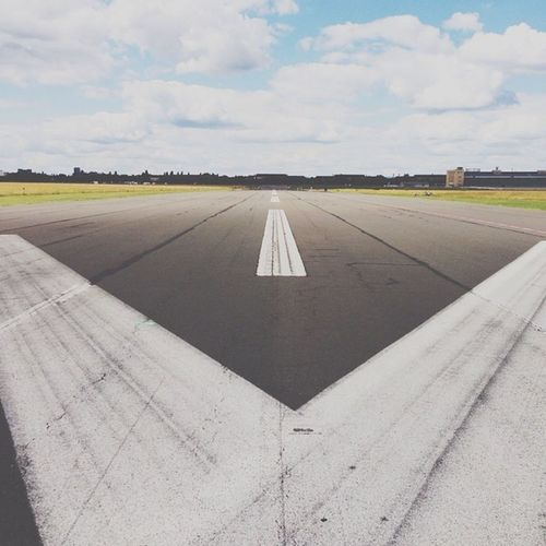 Templehof Flughafen runway #everchangingberlin #ecb_urban #igersberlin #igersgermany #instameet #vscocam