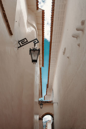 Alley views in Cusco. Andes Backpacking City Cityscape Exploring Inca Latin America Built Structure Ceiling Colonial Day Discover  Hanging House Lantern Lighting Equipment Low Angle View No People Residential District South America Travel Destinations Urban Wall Wall - Building Feature White Color The Traveler - 2018 EyeEm Awards The Creative - 2018 EyeEm Awards