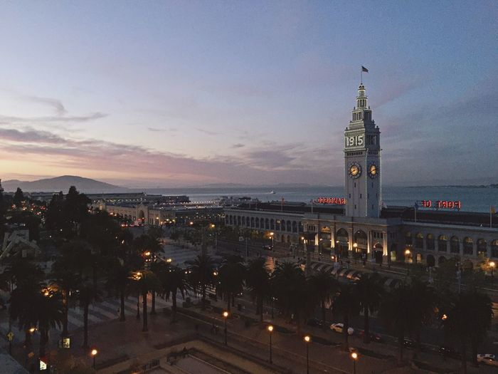 Magic hour live from San Francisco