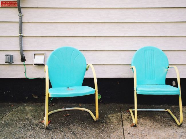 I cannot think of a more boring place to hang out, but I do like these Chairs . Empty Chairs IPhoneography EyeEm New Jersey Wall Eye4photography