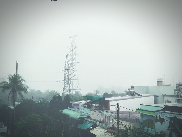 Adapted To The City Dee Rainy Days Raining Outdoors Fog Sky No People Nature Windy HomeAlone