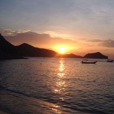 Nature Beach Sea Sunset Beauty Venezuela Cumaná Mochima Found On The Roll Viajandoconcedula The Great Outdoors - 2016 EyeEm Awards Lost In The Landscape Be. Ready.