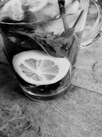 Tea Tea Time Teatime Thee Lekker Jummie Citroen Munt Citroen Met Munt Thee Black And White Photography Me Time ♥