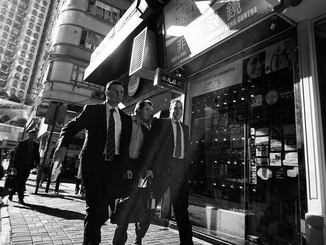Businessman Monocrhome Black&white Bnw_captures Bnw_collection Noir & Blanc  Black And White Streetphoto_bw EyeEm Bnw AMPt Streetphotography_bw Dailylife Street Life Urbanphotography Dailyphoto Streetphoto Urban Exploration Street Photography Streetphotography Snapshots Of Life Snapshot AMPt_community Urban Lifestyle Blackandwhite Sony Xperia