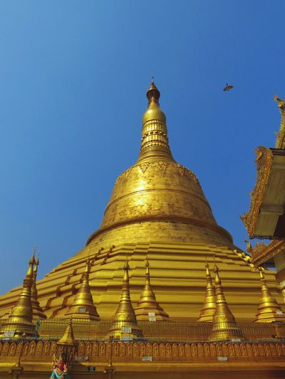 One of the best places I've been. Pagoda Yangon Travelingtheworld  Travelphotography Traveling The Traveler - 2015 EyeEm Awards Eye4photography