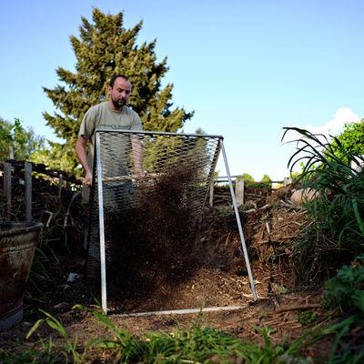 Berlin Garten Pankow Kompost Sieben
