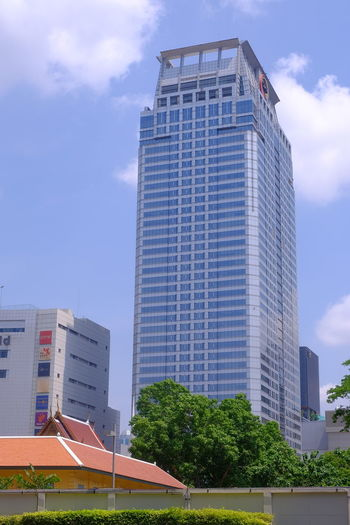 office building in bangkok city Building Building Exterior Architecture Business Center Business Metropolis Bangkok Bangkok Thailand. Thailand Temple City Town Tree Cloud Cloud - Sky Bluesky Blue Sky City Cityscape Office Business Tall - High Office Building Tower Construction Architectural Feature Tall