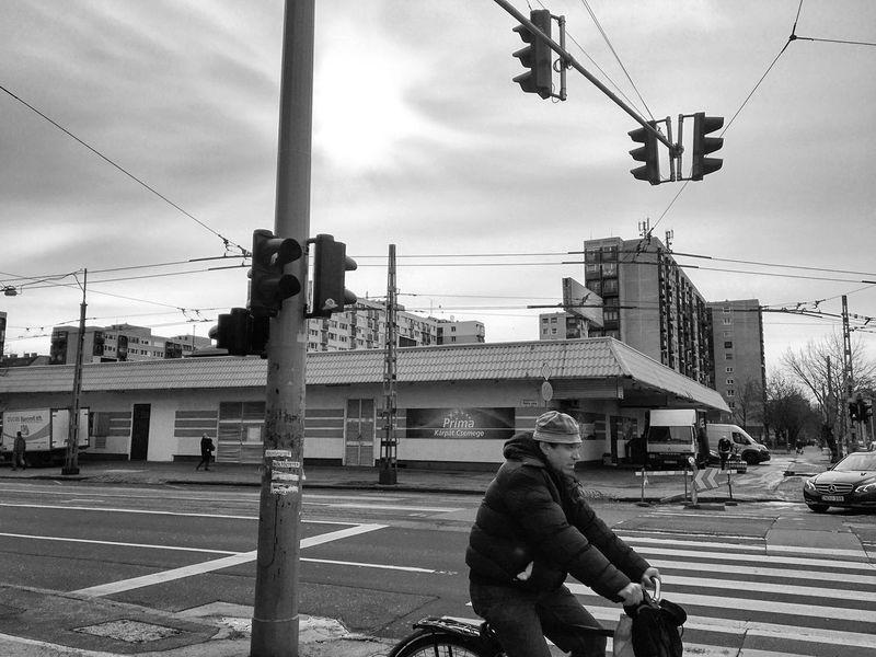 Streets Streetphotography Street Photography Budapest, Hungary Budapest Urbanphotography Streetphoto_bw Bw Blackandwhite Black & White Blackandwhite Photography Black And White Streetphotography_bw Showcase: February
