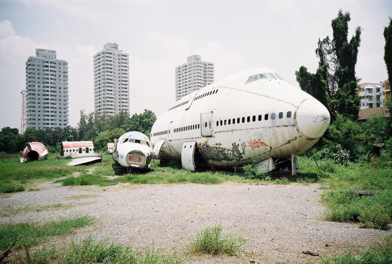 ABANDONED AIRPLANE IN PARK