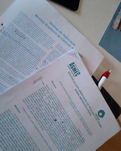 Vamos aproveitar e estudar!! Iniciaçaocientifica Artigando EducacaoFisica Pesquisa Boatarde