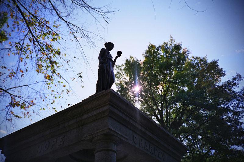 Statue Thompkins Square Park Spring Park