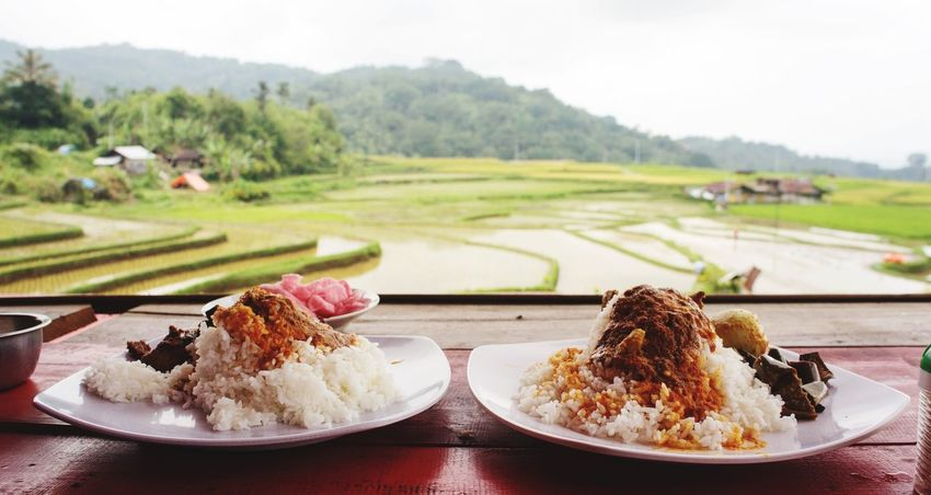 My World Of Food Taking Photos Hello World Check This Out INDONESIA Food NasiPadang Westsumatera Delicious Beautiful Surroundings