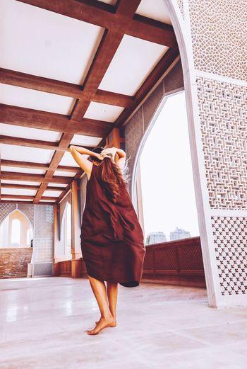 Arabic walking. Linen Texture Fashion Photography EyeEm Selects Female Sculpting A Perfect Body Doha Qatar Still Life Low Section Full Length Females Posing Skirt