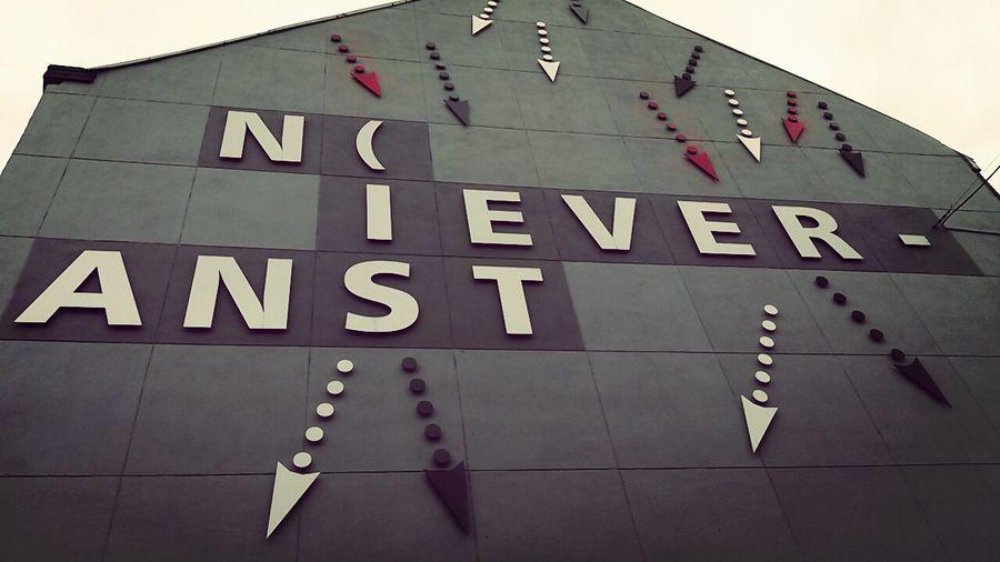 Wall Nieveranst