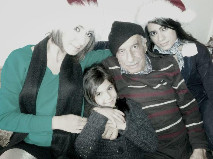 Jeddo With My Sister & I Nour Christmas Time!