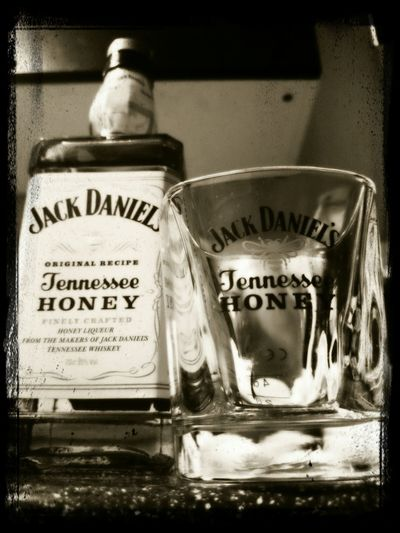 Whiskey Jack Daniels♥ Creative Liquid Lunch