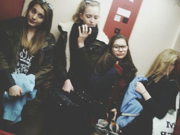 Hard Working My Girls ♥ Hey ✌