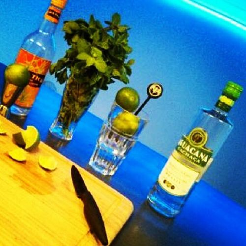 Caipirinhaaa <3 Night Paris Ponceponceclub Cocktail brazil portugal rhum caipirinha menthe