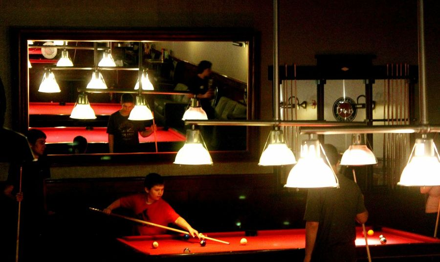 Getting Creative New York Red Pooltable White Light Popular Photos EyeEm Gallery Kids Playing Mirrored This Is Masculinity Visual Creativity