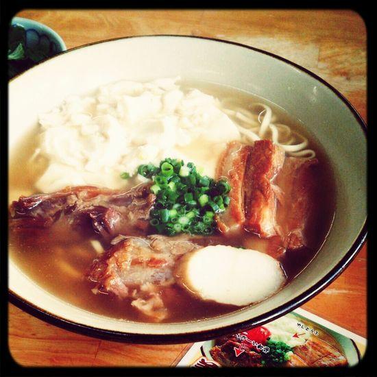 Yammy!!  Okinawa Food Okinawasoba Lunch Time!