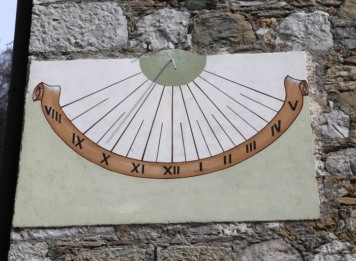 ancient Sundial with Roman numerals marking the hours with the shadow of the Gnomon Antique Gnomon Roma Roman Number Sun Dial Architecture Built Structure Instrument Number Numebrs Numeral Roman Numeral Roman Numeral Tattoo Roman Numerals Shadow Sun-dial Sundial Time