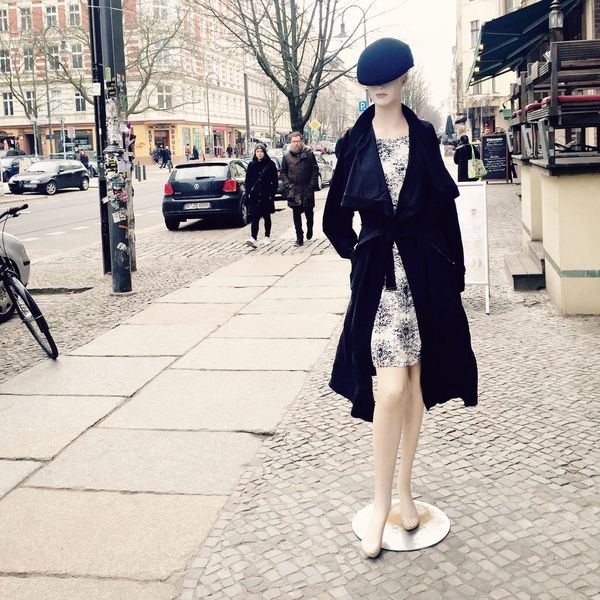Check This Out Hi! UrbanART Walking Around Kastanienallee  In Front Of Me My Fuckin Berlin Cityscapes Streetphotography