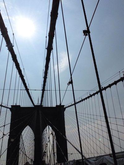 Supernormal Brooklyn Bridge / New York