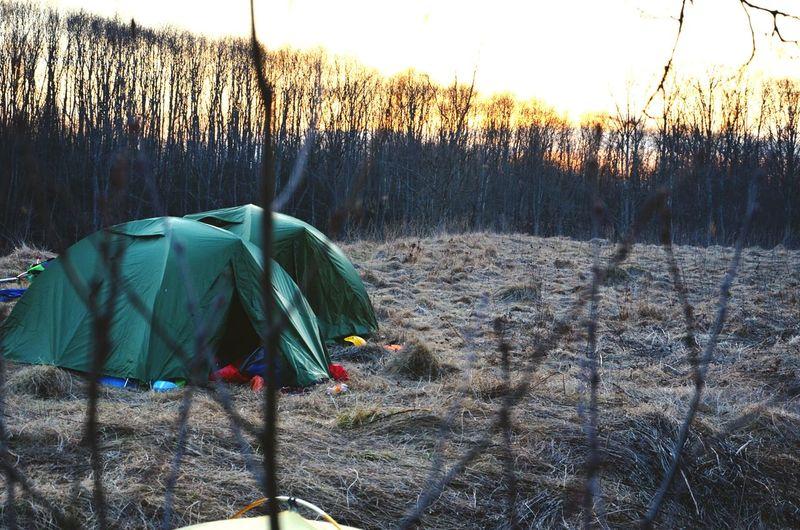 Поход по р. Мста. Как всегда зарядилась энергией и позитивом. Ребята, спасибо вам за поход... Hanging Out Relaxing Природа апрель  май путешествия Поход отдых📱🎵🎶🎧 палатка