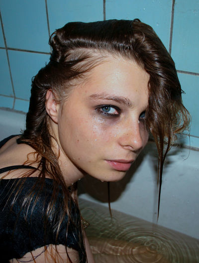 Young Adult Portrait Young Women Headshot Beautiful Woman Looking At Camera Close-up Hairstyle Women Beauty Hair Adult Crying Face Woman Portrait Of A Woman Females Girls Wet Wet Hair Bath Bathroom Sad Emotion Bathtub International Women's Day 2019