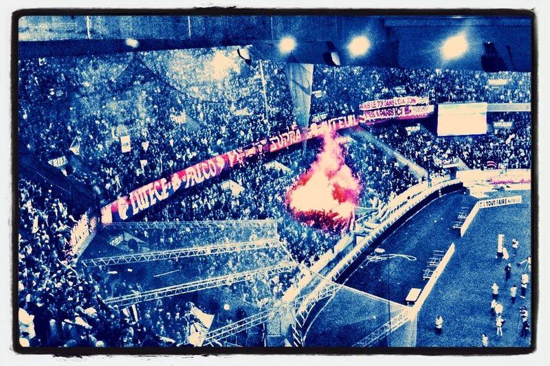 Little fire in my Parc PSG Hello World Taking Photos EyeEm Best Shots
