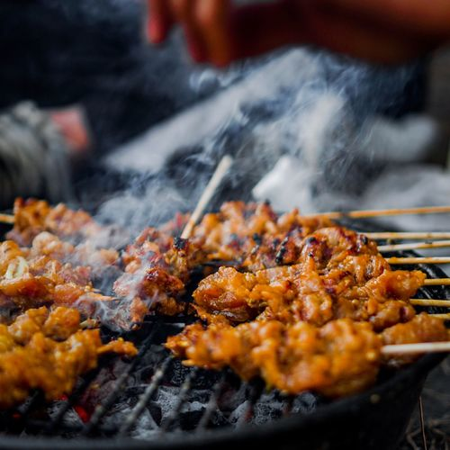 grill Food Food And Drink Barbecue Meat Grilled Freshness Barbecue Grill Close-up Preparation  Skewer Heat - Temperature Ready-to-eat Smoke - Physical Structure Preparing Food Selective Focus Wellbeing No People Fried Burning Street Food
