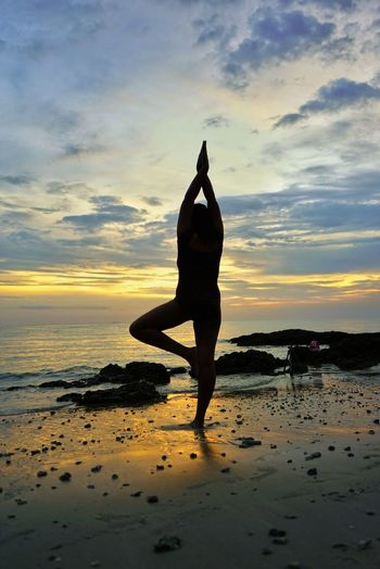 Yoga @ Avillon beach Avillon Port Dickson Malaysia Health Sunset Water Ocean Silhouette Healthy Lifestyle Sunset Exercising Beach One Person Full Length People Wellbeing Sky Water Only Women Adult Outdoors Yoga Relaxation Exercise Sea Sport Lifestyles Women