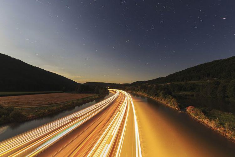 Hotelschiff Langzeitbelichtung Fluss Himmel Nachts Night Nightphotography Night Lights