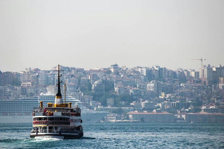 Enjoying The Sun Cityscapes Travel Photography Istanbul Turkey Popular Photos Enjoying The Sights Citylife Mycity Traveling My Best Photo 2014