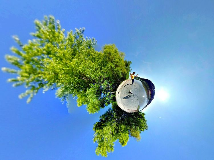 Musik Music Listen Music Theta Theta360 Tiny Planet Atmospheric Mood Atmospheric Sky Nature Natur Donau Danube Fluss River 360 Panorama 360camera Selbstgemacht Schön Beeindruckend Erstaunlich Sonne Sunrise Bluesky Love