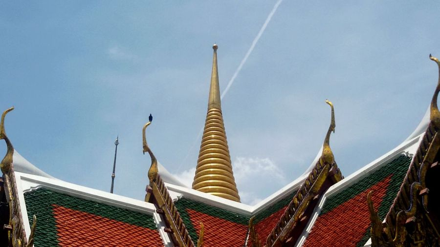 Sawasdee World. Wat Prakeaw ,bangkok. Photo Of The Day Taking Photos .