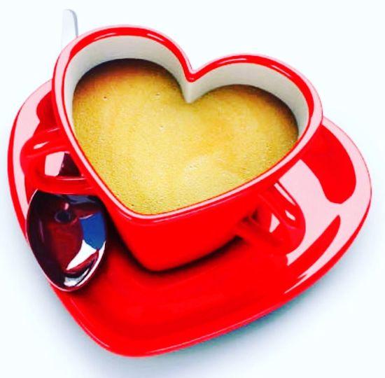 Heart Shape Love Romance Red Single Object Studio Shot No People White Background Drink Close-up Shiny Indoors  Valentine Food Styling ArtWork Valentine's Day  Art Director ürün Fotoğrafçısı Sevgililer Gününe özel Sevgililergününüzkutluolsun Sevgililer Günü Happy Valentine's Day Valentine's Day - Holiday