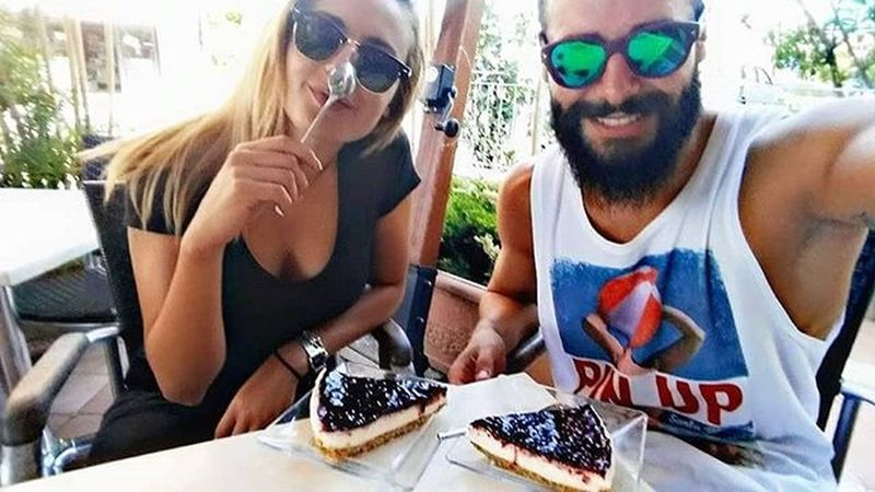 Viva le bombe 💣💣 Ilgiannielasofi Friends Fun Funny Cheesecake Fighi Zarri Lebombe Spuntino Sweet Dolci Solocosebelle Universitylife Like Love Passion