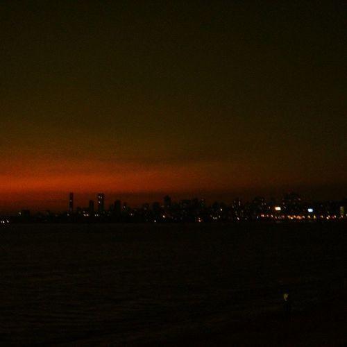 Mumbainights Marinedrive Photography Lights Sky Shadow Sea City People Coldbreeze Mumbai Lovephotography  Capture Lovemylife Friends Fun Greatday Photographymypassion :)