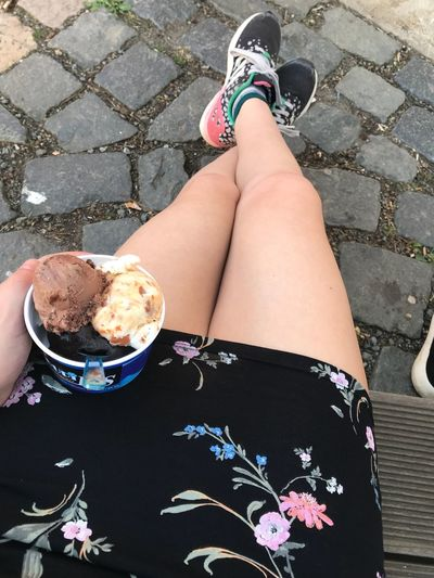 Frühsommer Sachsen Eisessen Ice Cream One Person Women Human Leg Real People Human Body Part Lifestyles Body Part Day