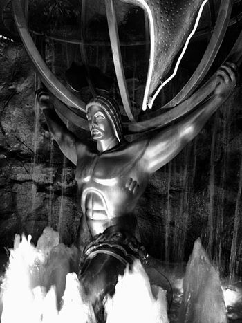 Torrents may rage, but he holds fast to his earthly prize...burdened beyond belief...he endures😌 Atlas Old foto of mine...reworked Getting Inspired Tadaa Community Statue Atlas EyeEm Best Edits Blackandwhite Reedited