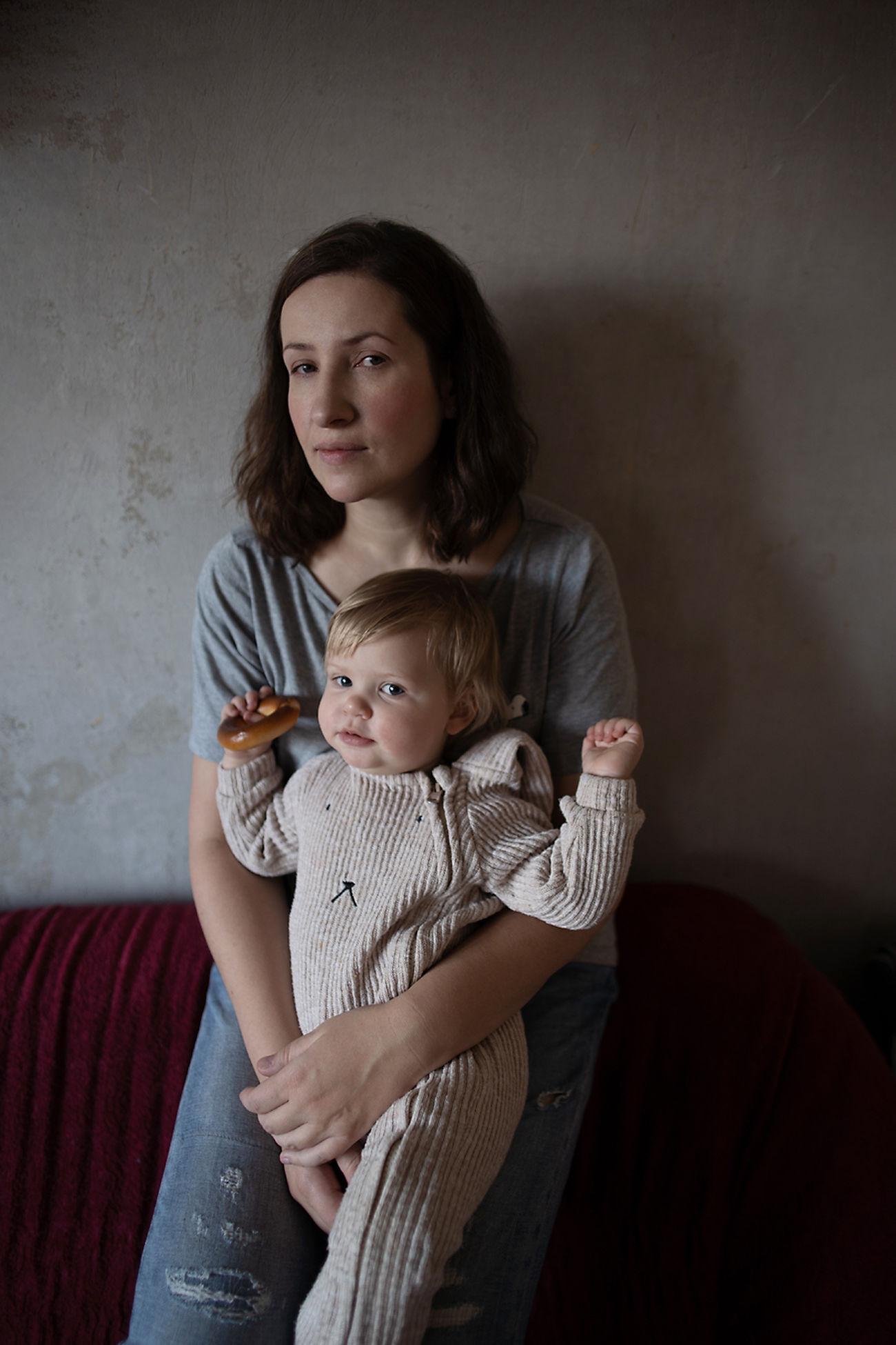 childhood, three quarter length, child, women, indoors