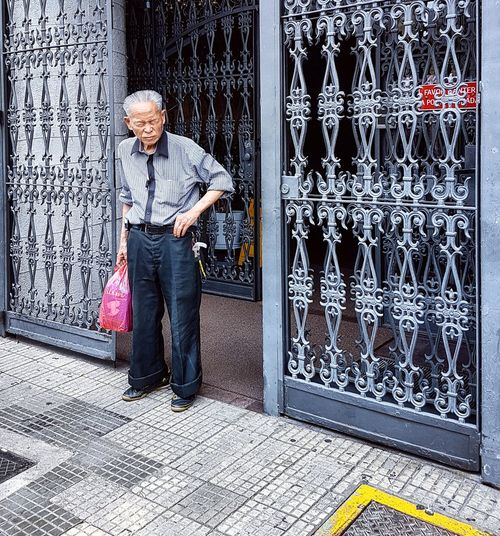Bairro Liberdade. São Paulo SP. Brasil Arquitecture Senhor Japonese Cor Colors Only Men One Man Only One Person Adult Adults Only Standing Full Length People Day Real People