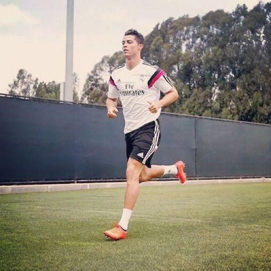 Cr7 Christiano Ronaldo Realmadrid Madridista Madrid Liga Laluga La Halamadrid Soccer Fottball UCLA