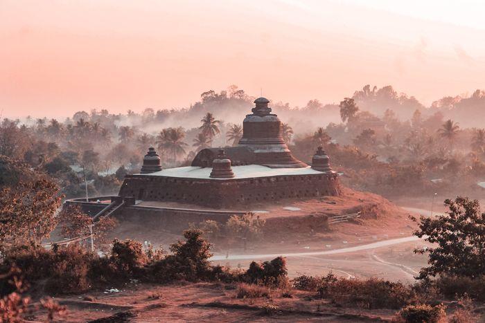 Htukkankthein Temple Ancient Civilization Religion Tree Dawn Place Of Worship Fog Ancient Beauty Old Ruin Shrine Pagoda Ancient Civilization Myanmar Culture Archaeology Myanmar Civilization