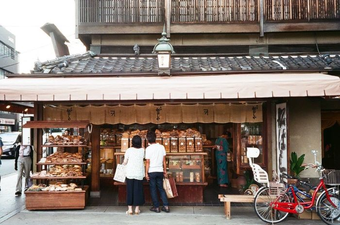 Sanjo, Kyoto, Japan Two People Adults Only Togetherness Mid Adult Adult Day Standing People Travel Customer  Women Young Adult Young Women Men Outdoors Full Length Only Women Building Exterior City Sanjyo Kyoto,japan