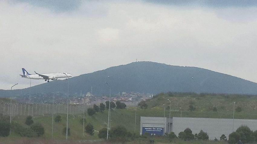 Saw Turkishairlines Anadolujet Sabiha Gökçen ınternational Airport (saw) Turkey 23 Nisan 2015