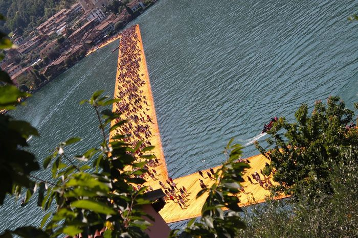 Water Nature Growth No People Architecture Built Structure Plant Day Outdoors Building Exterior Beauty In Nature Close-up Tree Freshness Sky Femalephotographerofthemonth 43GoldenMoments Popular Photos Taking Photos Sulzano Thefloatingpiers Monteisola Travel Traveling LandArt